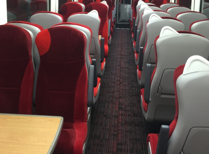 virgin-trains-east-coast-hst-interior-refresh_24130920696_o cropped