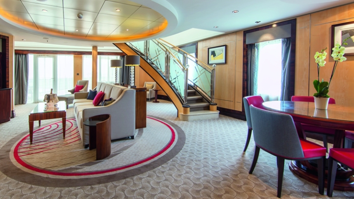queen mary 2 refurb.jpg